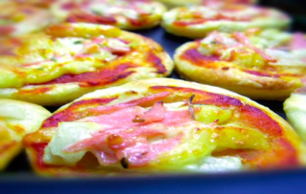 Mini Pizza Folhada